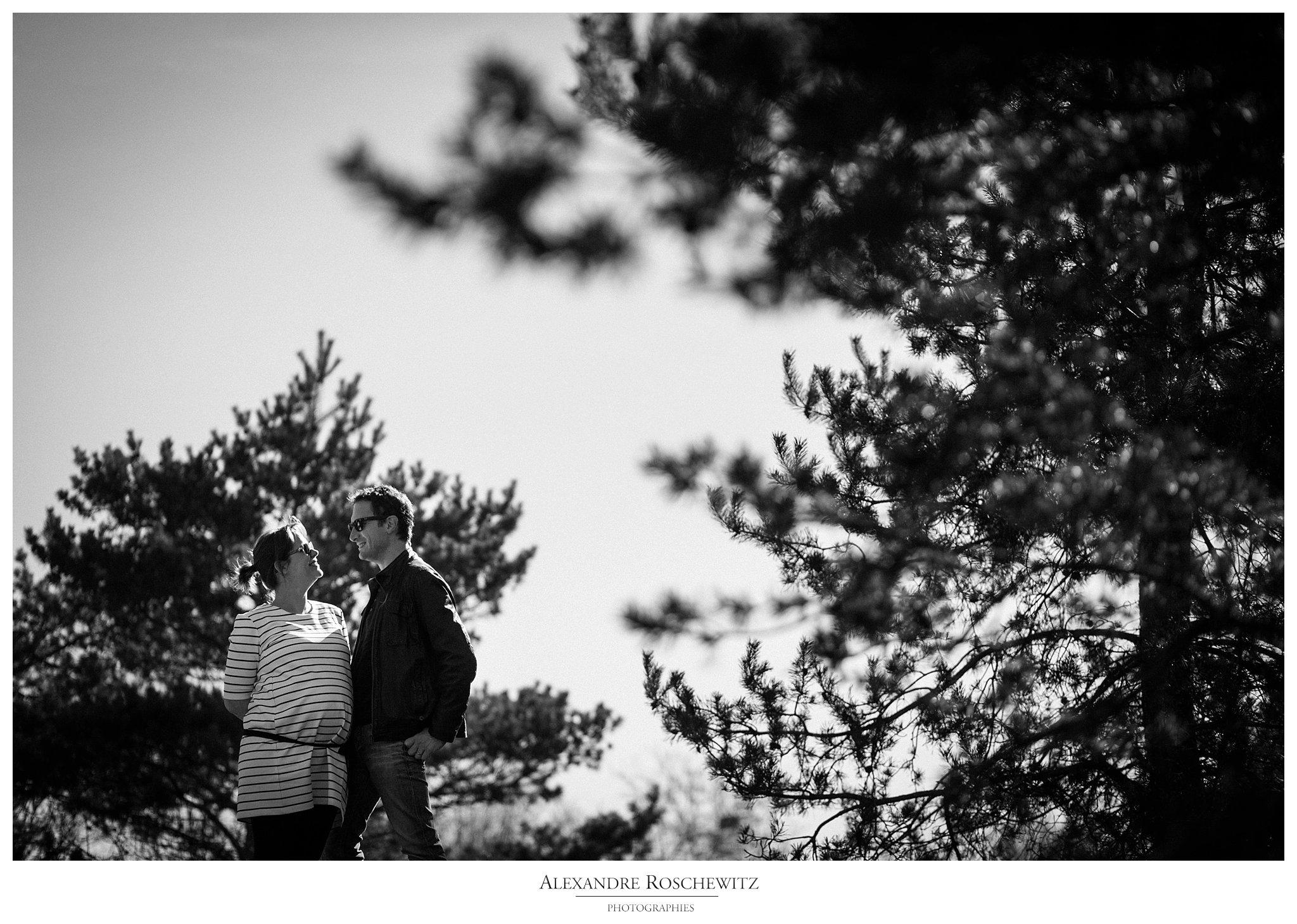 Photographe grossesse au parc floral de Bordeaux – Caroline + Vincent