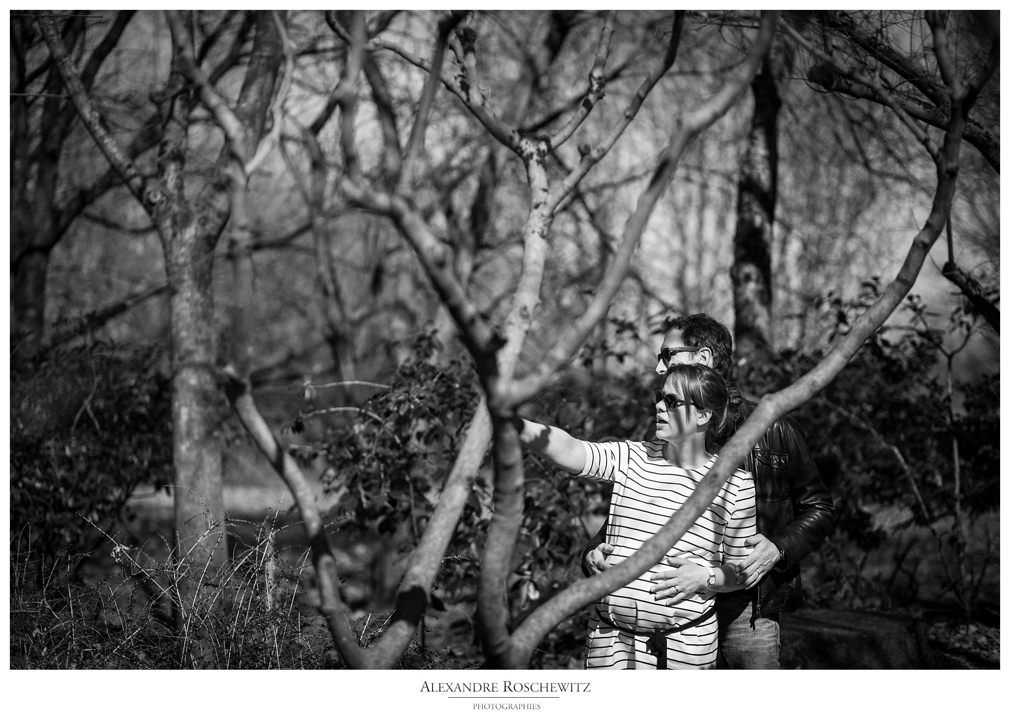 La séance grossesse de Caroline et Vincent au Parc Floral de Bordeaux. Alexandre Roschewitz Photographies