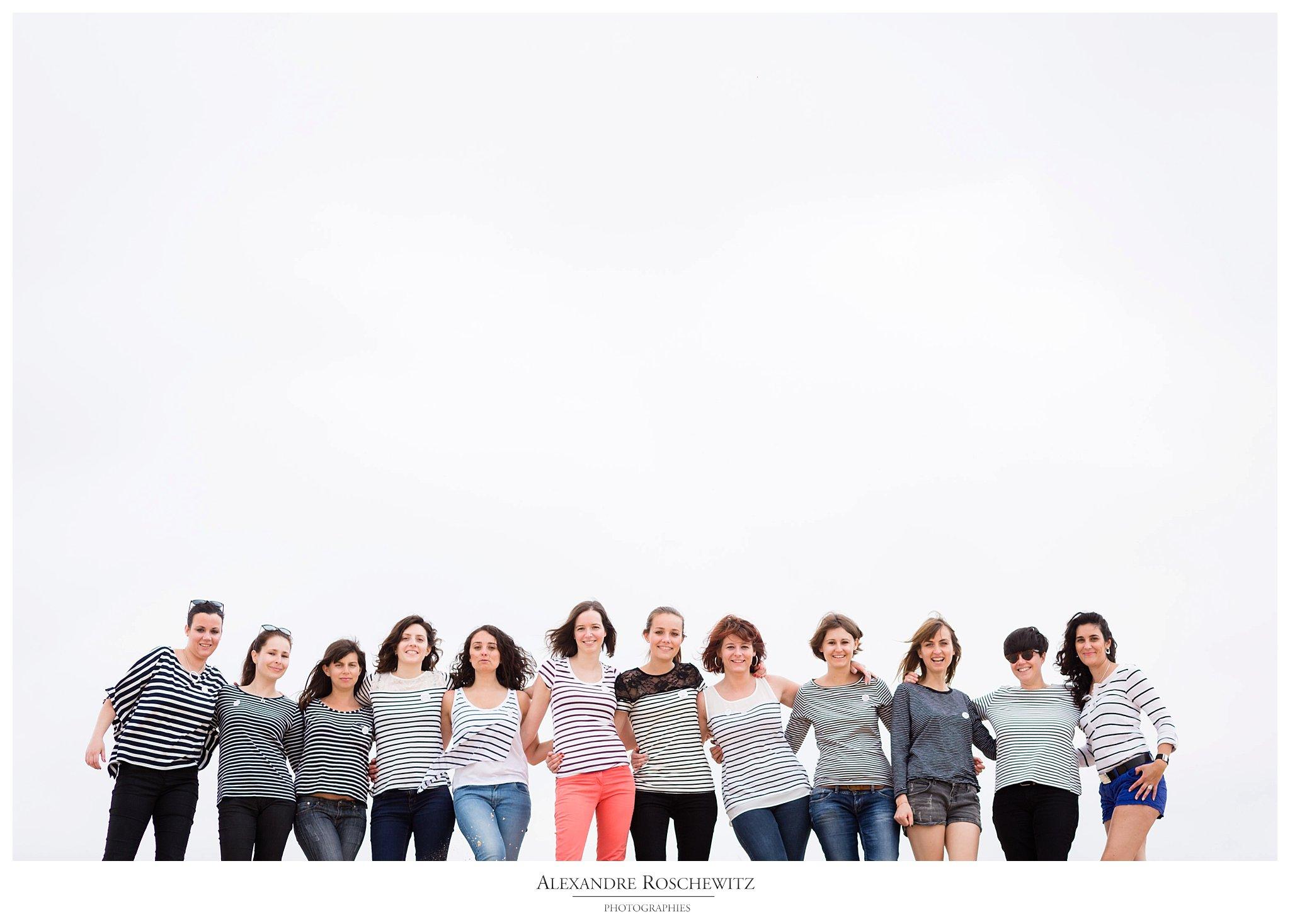 Un aperçu des photos de l'EVFJ de Sarah à la Dune du Pilat, avec 11 de ses amies. Alexandre Roschewitz Photographies