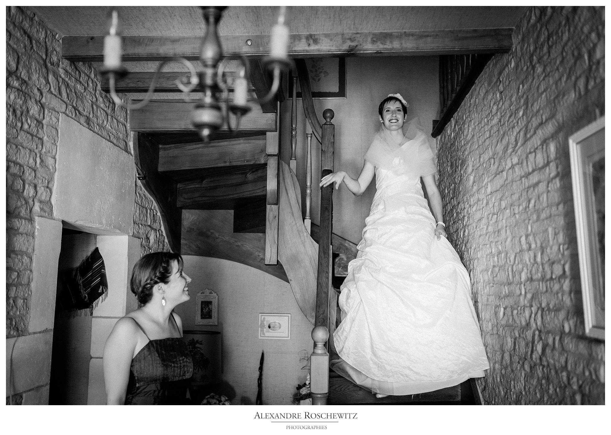 Les photos du mariage de Julie et Pierre-Yves à Bréville, puis au Quai des Pontis à Cognac. Alexandre Roschewitz Photographies