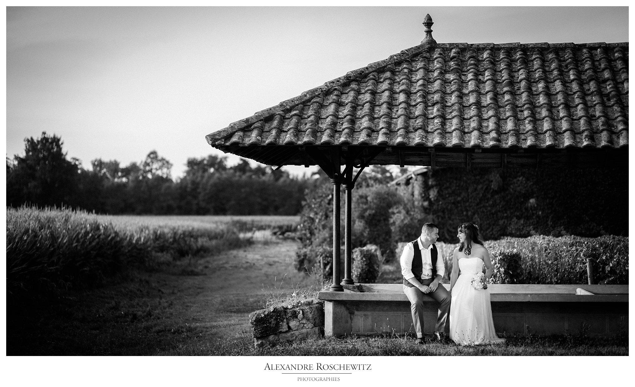 Les photos du mariage de Sarah et Anthony au Château Ségur à Parempuyre et Ludon-Médoc. Alexandre Roschewitz Photographies
