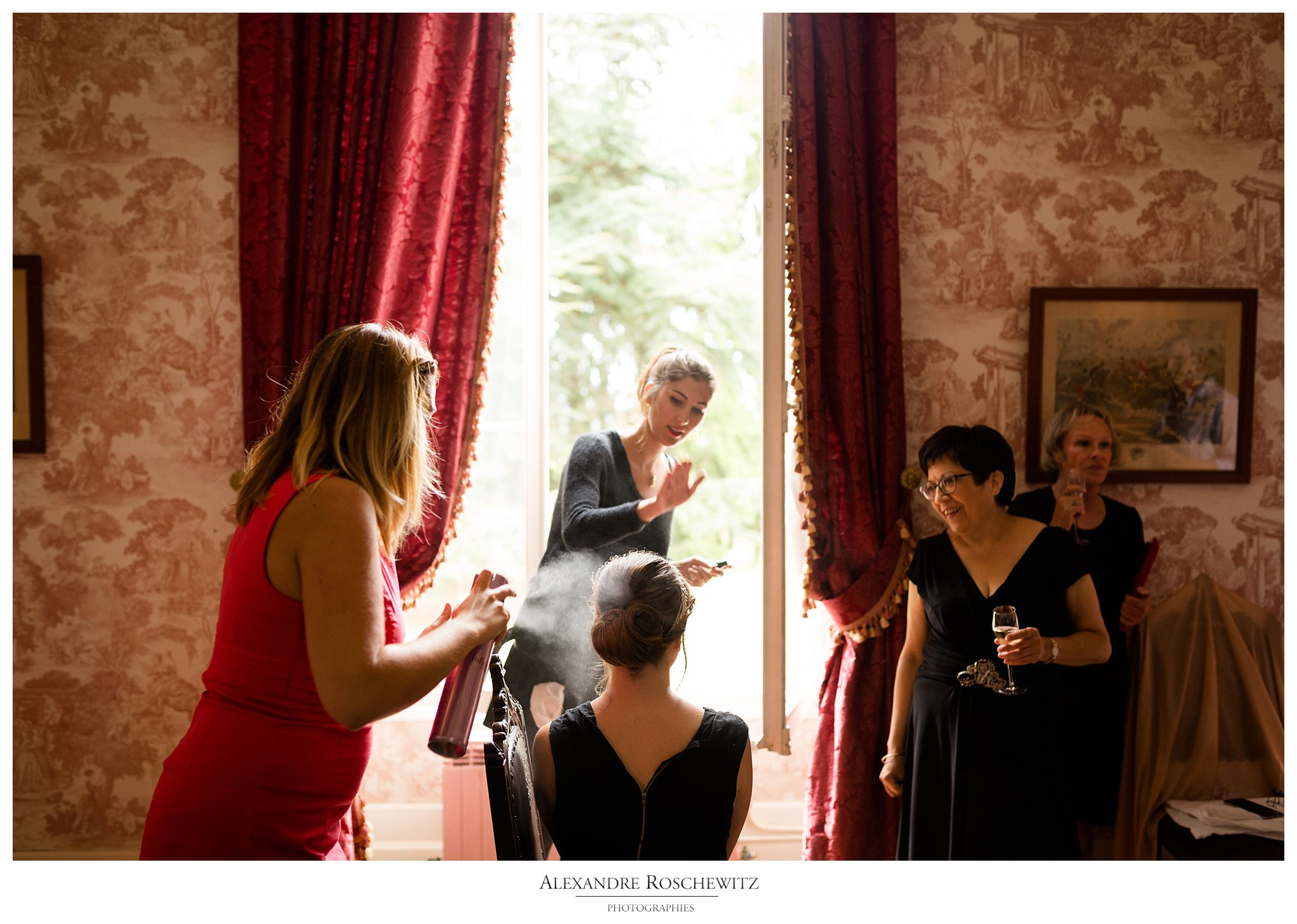 Les photos du mariage franco-américain de Juliette et Jefferson au Château Fombrauge - Saint-Emilion. The photos of the french american wedding of Juliette and Jefferson at Château Fombrauge - Saint-Emilion. Alexandre Roschewitz Photographies.