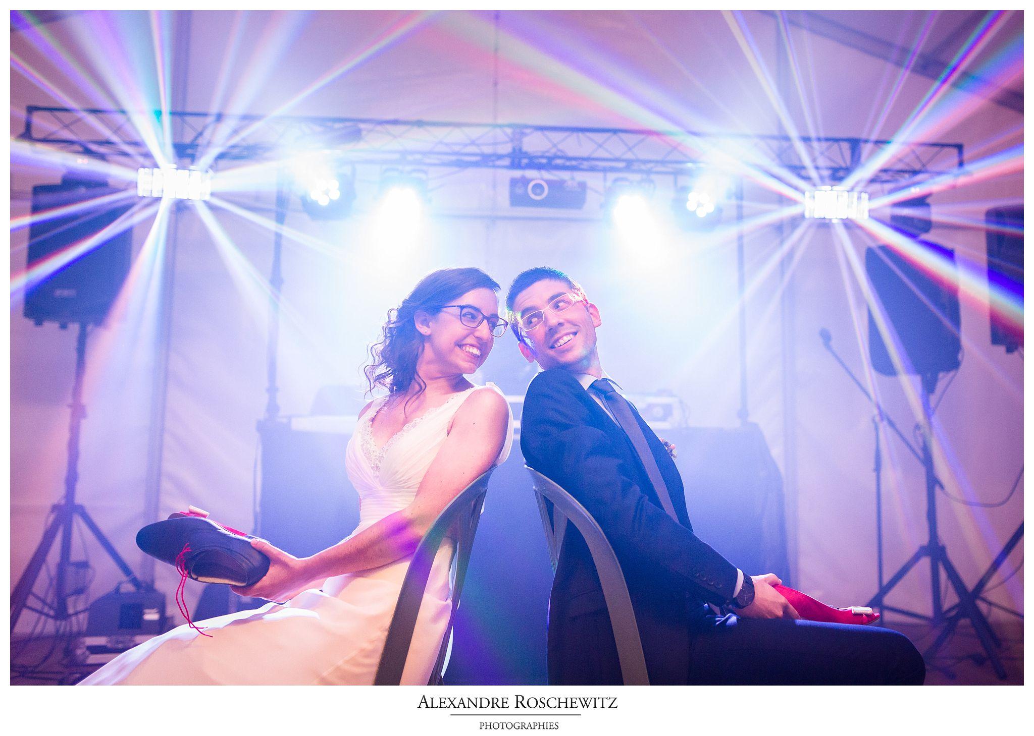 Aperçu des photos du mariage civil et religieux de Christelle et Guillaume à Andernos et la Colonie Le Bourdiou. Alexandre Roschewitz Photographies