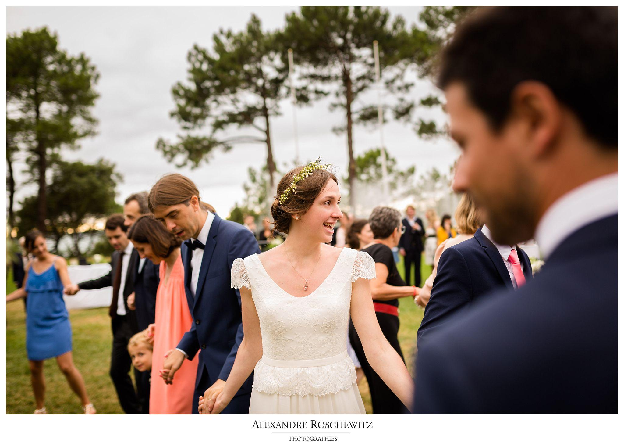 Aperçu des photos du mariage des musiciens de Marine et Jean-Philippe à Gujan-Mestras, La Teste-de-Buch, et au Tir au Vol d'Arcachon. Alexandre Roschewitz Photographies