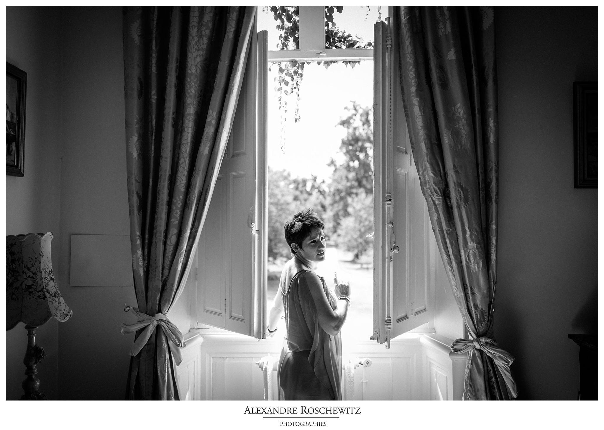 Les photos du mariage d'Amandine et Adrien a Beychac et Caillau, au Château Lamothe du Prince Noir et au Domaine de la Grave. Alexandre Roschewitz Photographies.