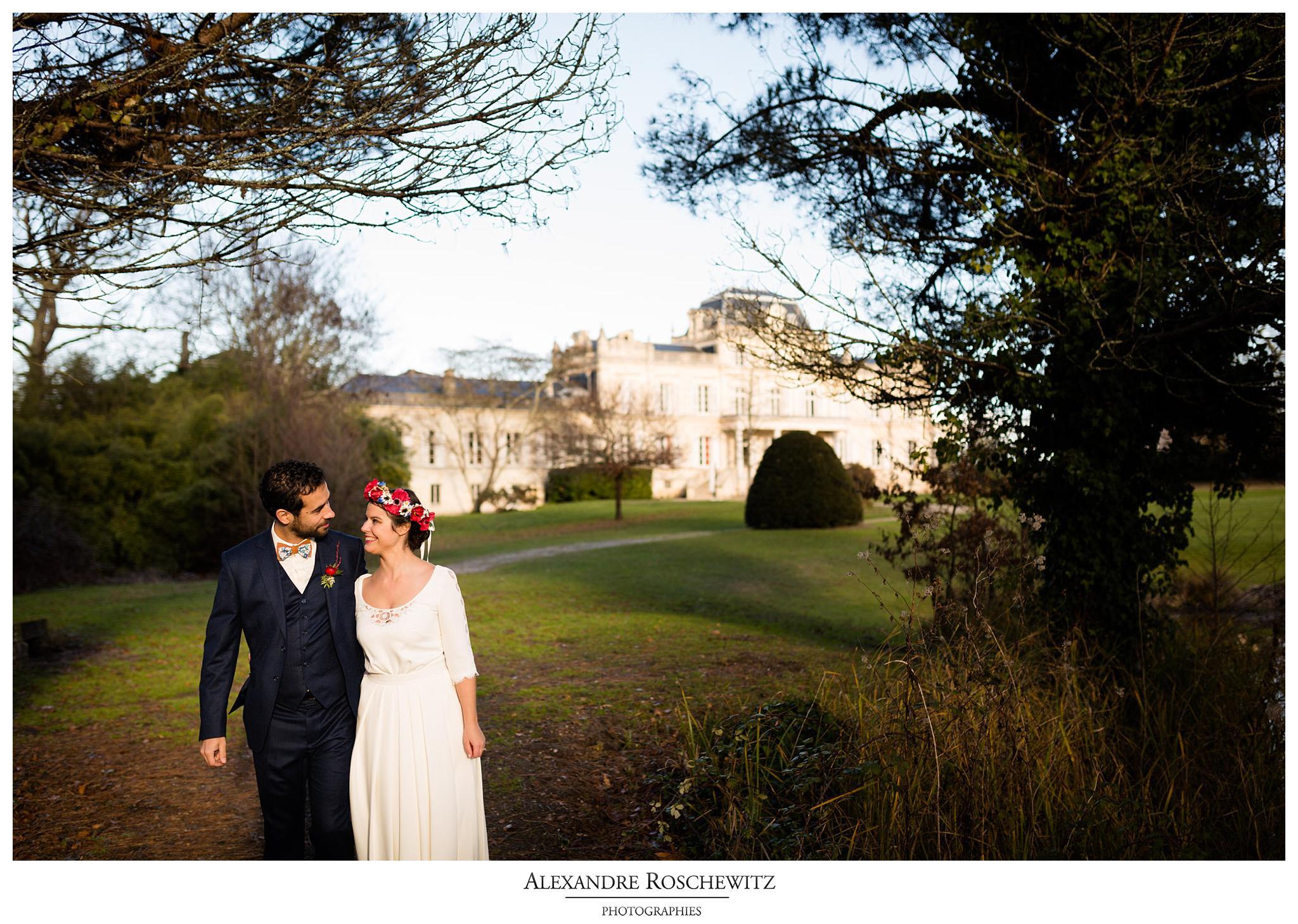 Les photos du mariage d'hiver du mariage de Zoé et Antoine à Bordeaux et au Château Giscours. Alexandre Roschewitz Photographies