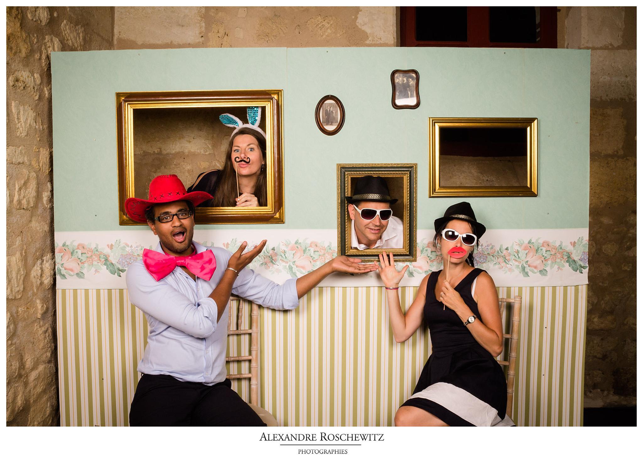 Le photobooth du mariage de M+T à Saint-Emilion et au Château Giscours à Labarde. Alexandre Roschewitz Photographies