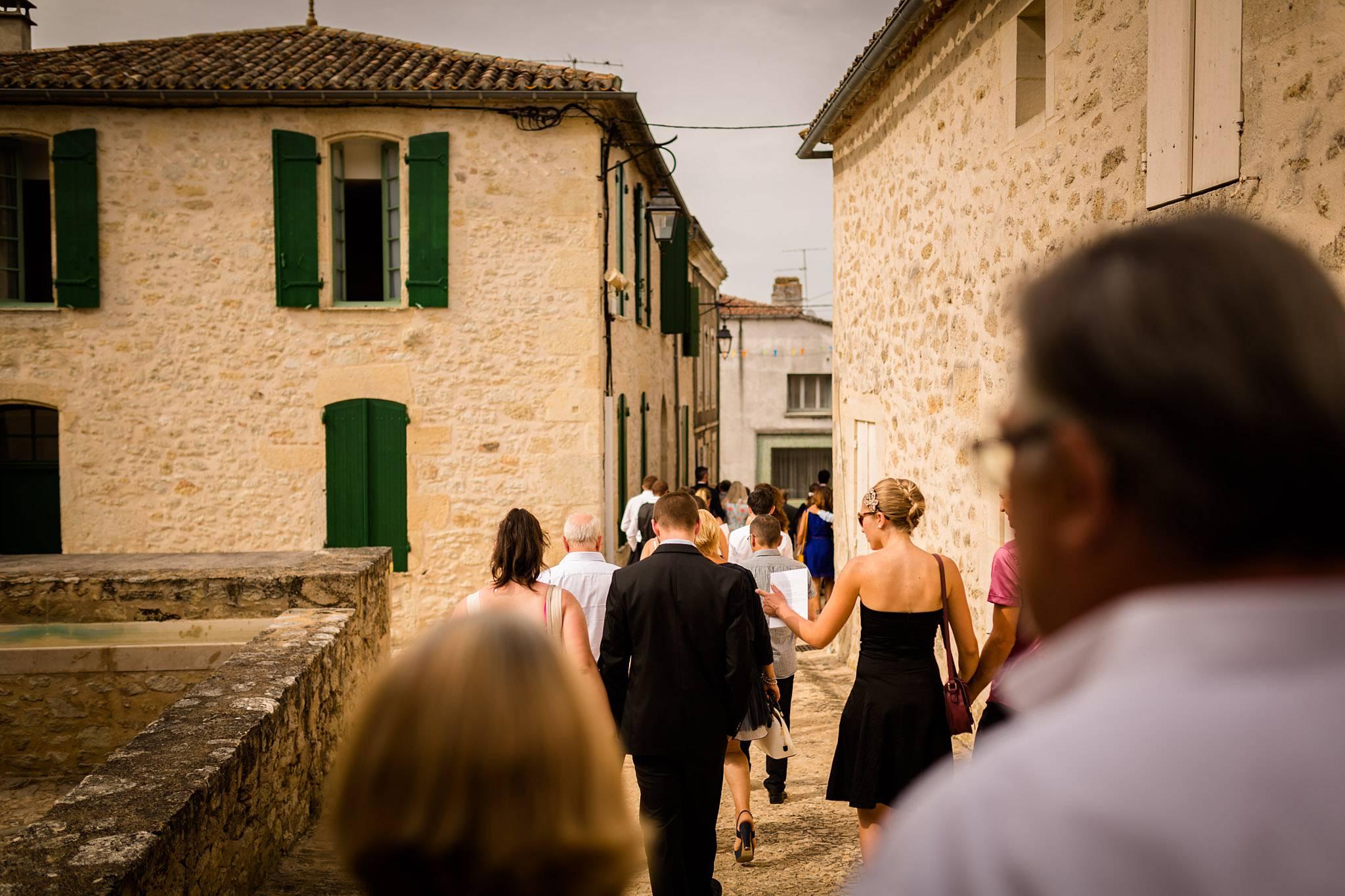 Un aperçu des photos du mariage de Mathilde et Adrien en Dordogne et en Gironde, à Sainte-Foy la Grande, Pellegrue, Lamothe Montravel au Château Vieux.