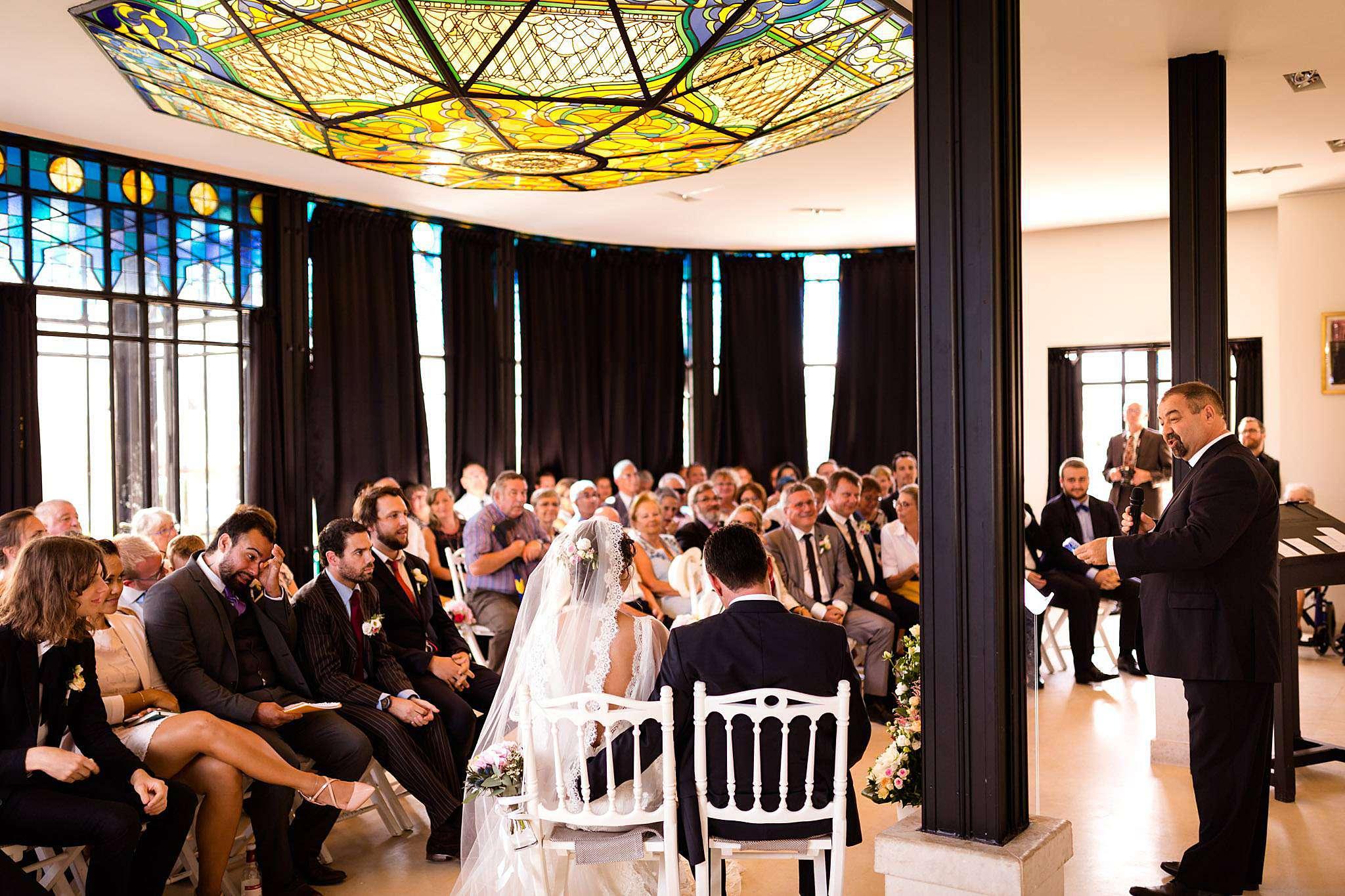 Cérémonie laique mariage au Château Pape Clément.