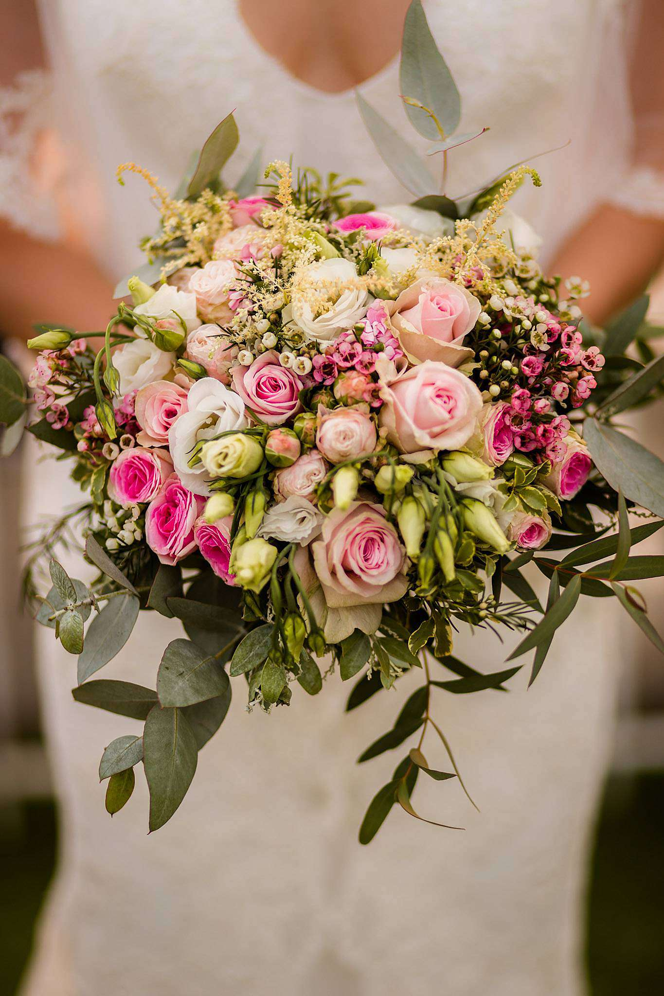 Fleurs, bouquet de mariage au Château Pape Clément.