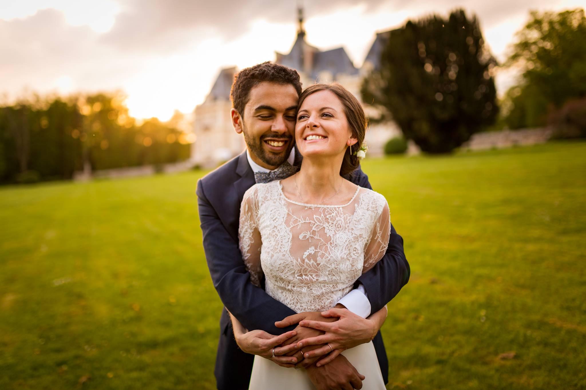 Le reportage photos du mariage de Claudia et Reda au Chateau de Baronville et à l'Eglise de Gallardon, entre France et Maroc. Alexandre Roschewitz, photographe mariage Château de Baronville.