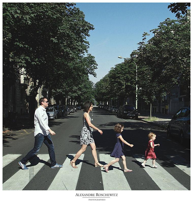 Photographe de famille à Bordeaux – Inès, Louison et ses parents