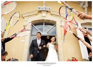 Un teaser du mariage de Virginie et Charly à Saint-Sulpice-De-Guilleragues, avec pour Maire le père du marié, suivi d'un cocktail dans les vignes. Alexandre Roschewitz Photographies