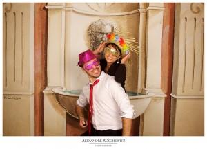 Les photos du mariage d'Albane et Christophe à Gigondas. Cérémonies civiles et religieuses à Gigondas, cocktail et soirée à La ferme du Pezet, avec un photobooth !