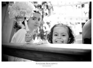 La photo du mercredi - Une demoiselle d'honneur souriante au mariage de Barbara et Frédéric ! - Alexandre Roschewitz Photographies