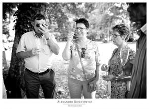 La photo du mercredi par Alexandre Roschewitz Photographies - Cette semaine, on lève son verre au mariage de Caroline et Vincent