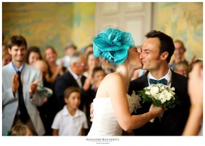 Les photos d'un mariage magique à Pauillac et sur l'île de Patiras avec Madeleine et Simon. Alexandre Roschewitz Photographies.