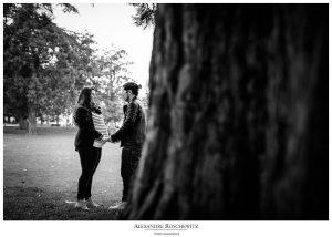 Les photos de grossesse de Charlotte et Damien, au Jardin public puis dans les rues de Bordeaux centre. Alexandre Roschewitz Photographies