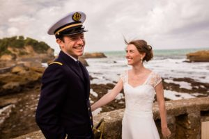 Mariage naturel en bord de mer à Biarritz, Pays Basque.