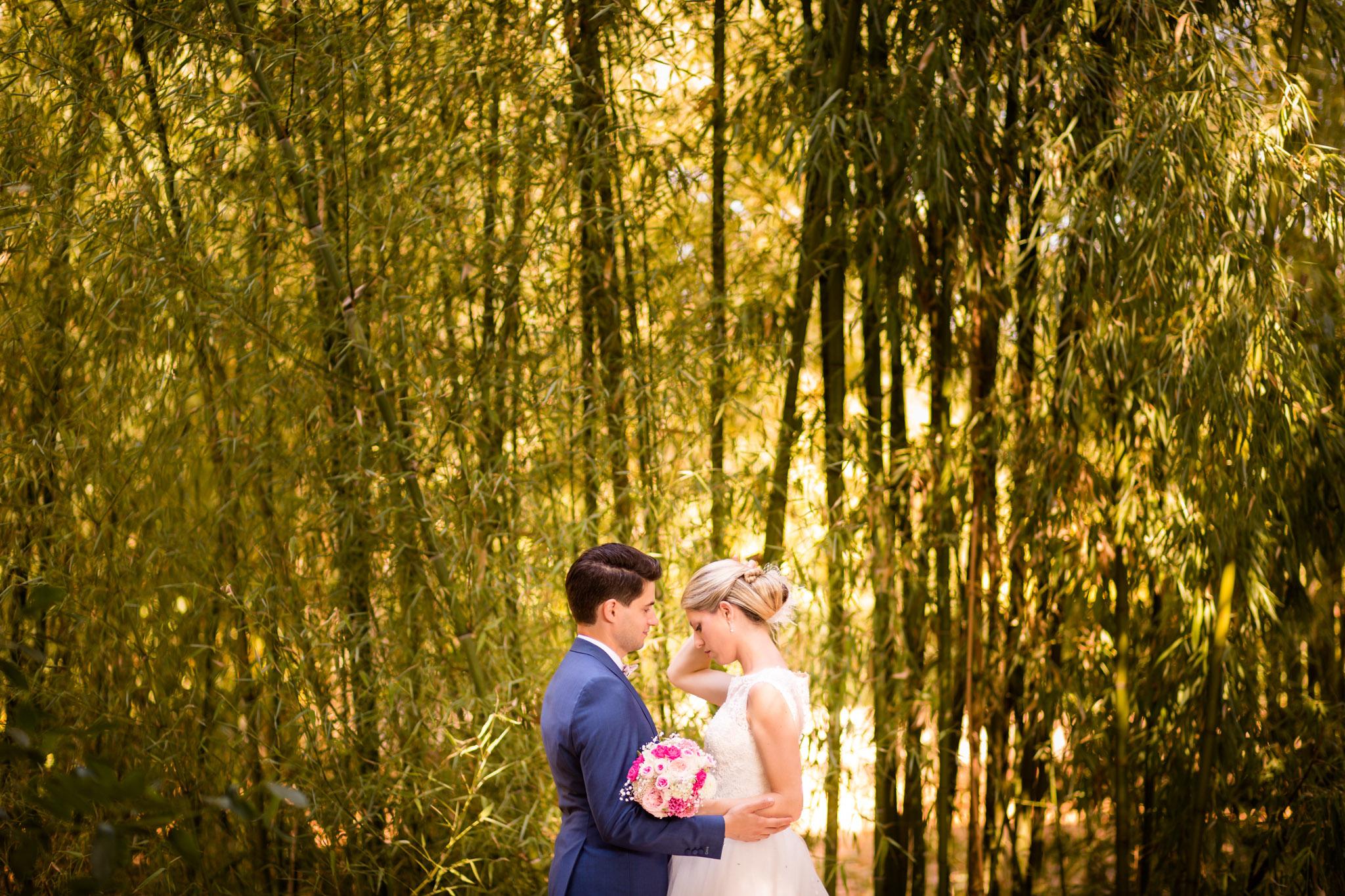 Photos de couple mariage a la Bergerie du Courneau