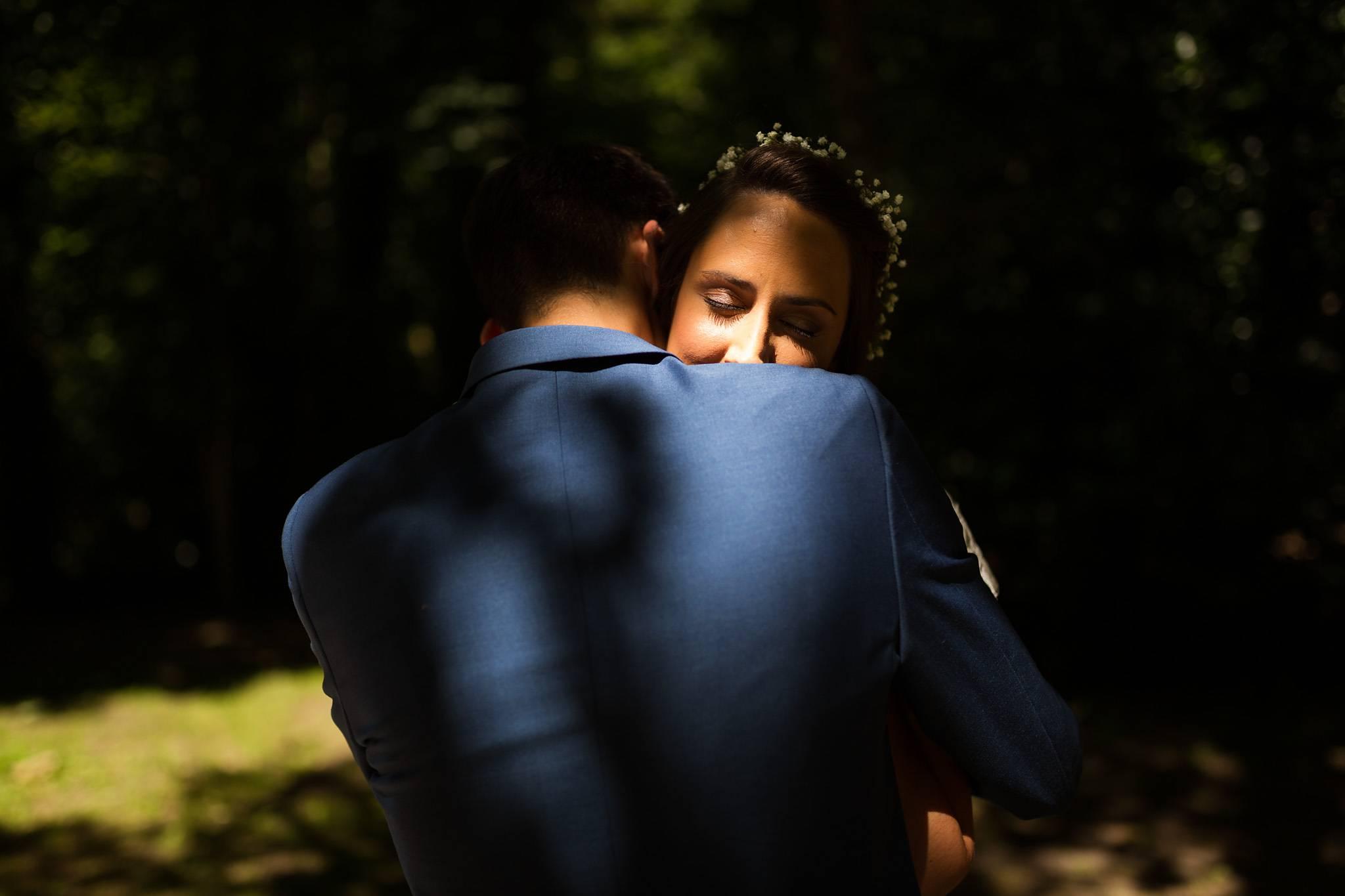 Teaser du reportage photos du mariage laïque de Marine et Mathieu à Léognan et au Domaine de Larchey.
