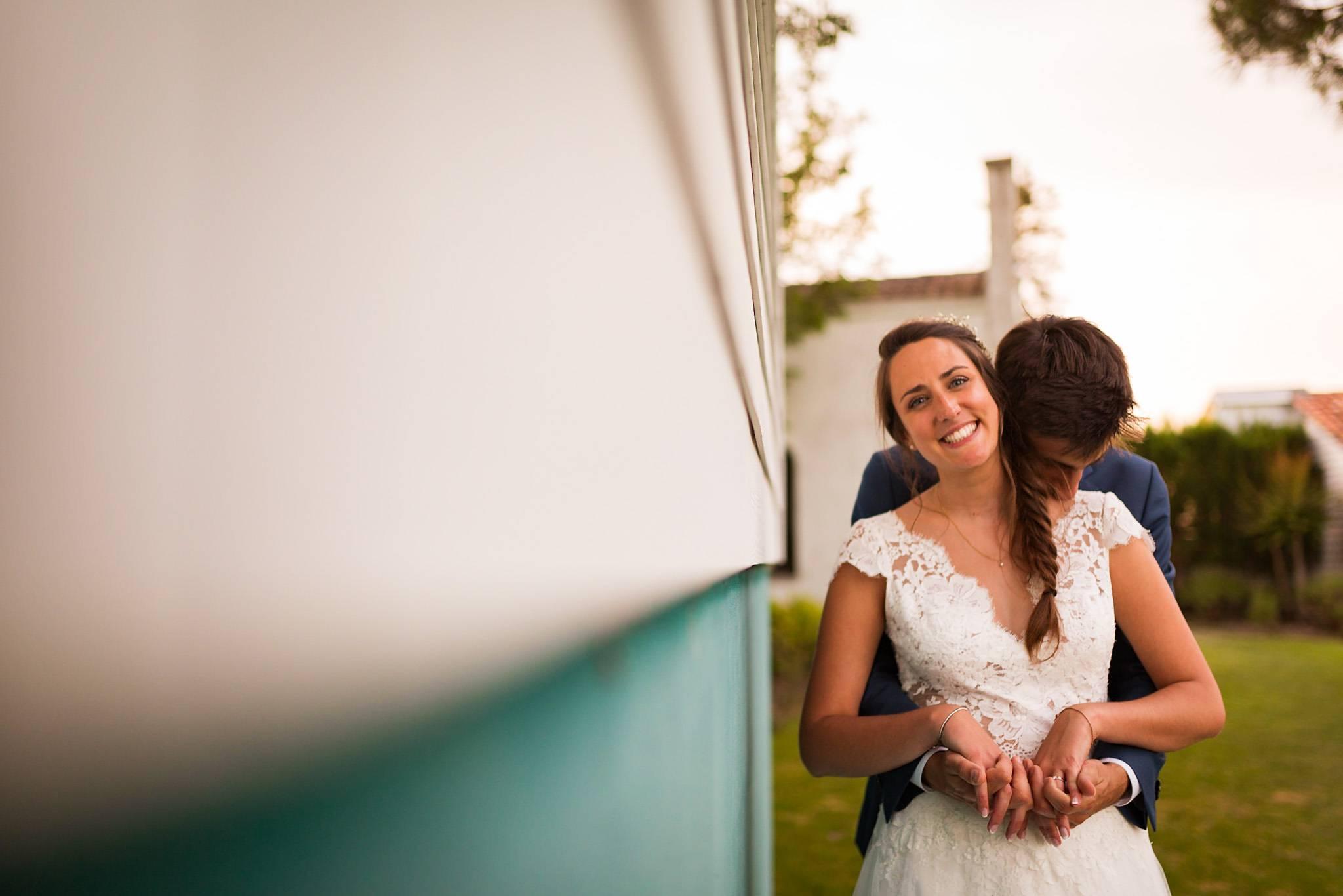 Reportage photos de mariage de Marine et Mathieu au Domaine de Larchey en Gironde. Photographe mariage Gironde.