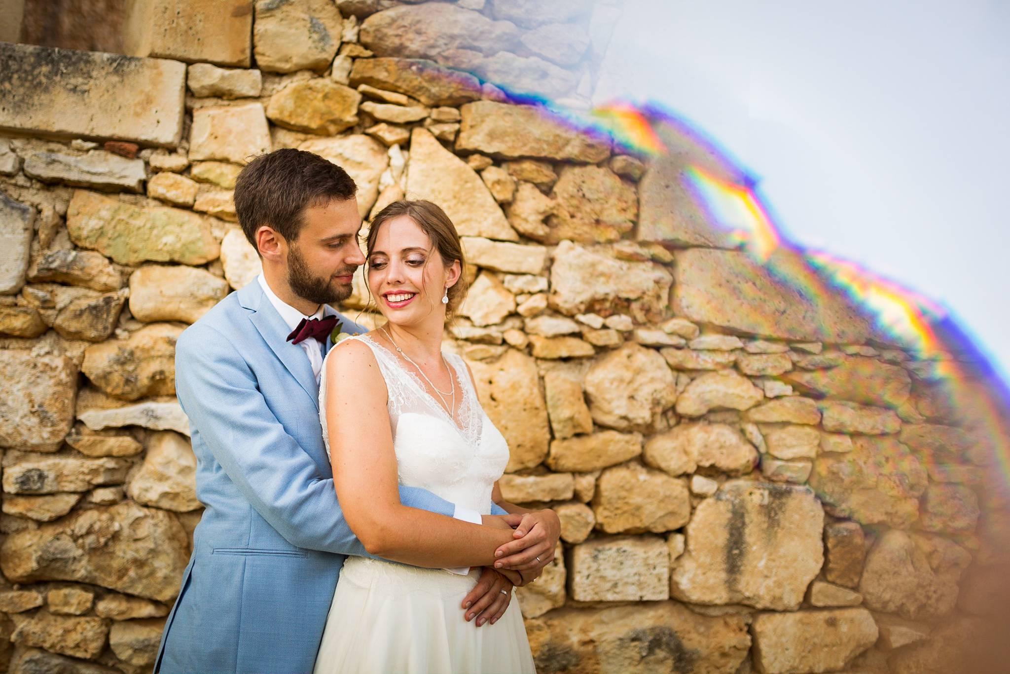 Aperçu des photos de mariages aventurières de Valérie et Adrien au Domaine de Montplaisir en Dordogne, et de leur photobooth mariage. Photographe mariage Dordogne.