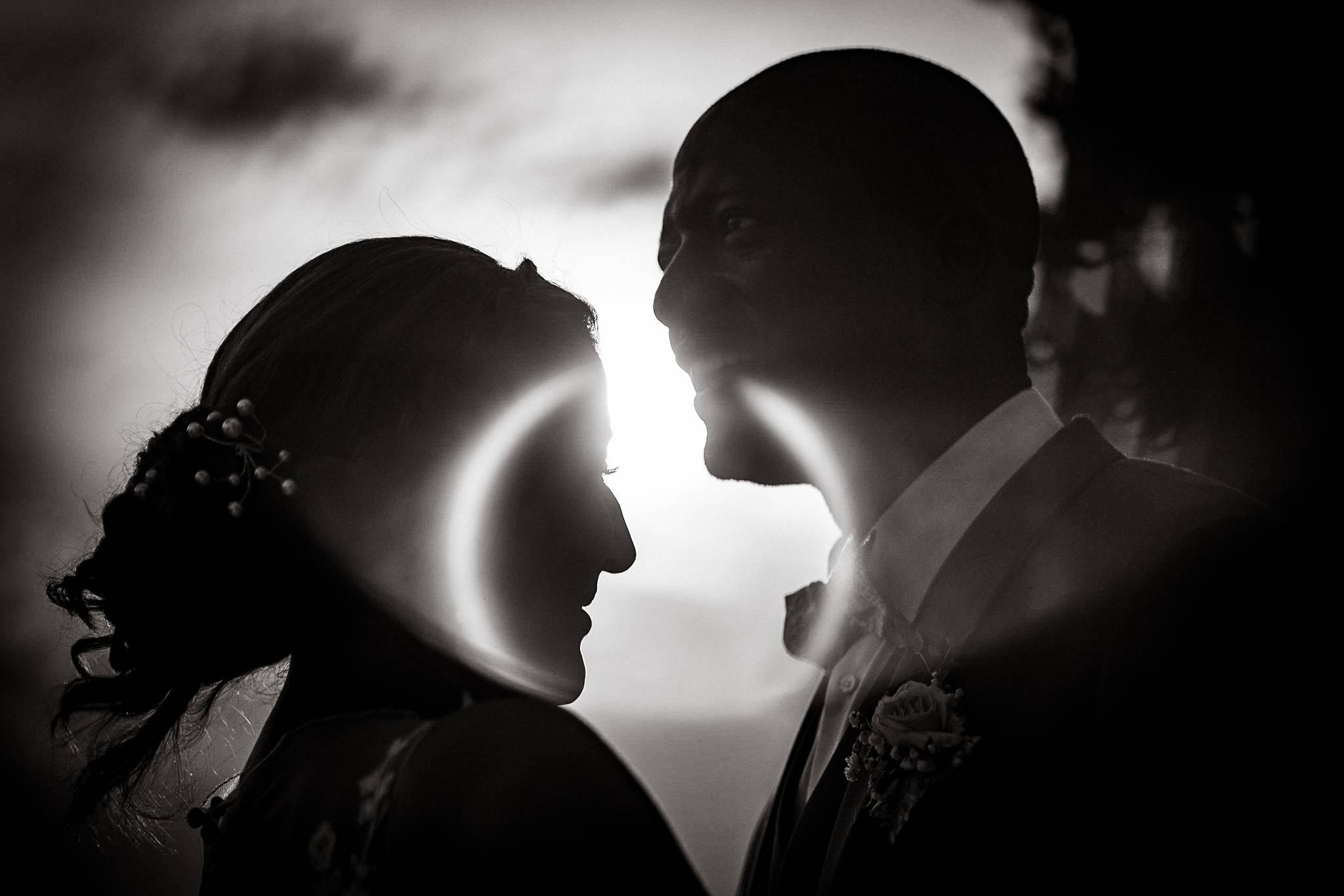 Un teaser du mariage de Kenza et Donald, entre Centrafrique et Maroc. Préparatifs et photos au Chateau du Tertre, réception au Domaine de Cordet