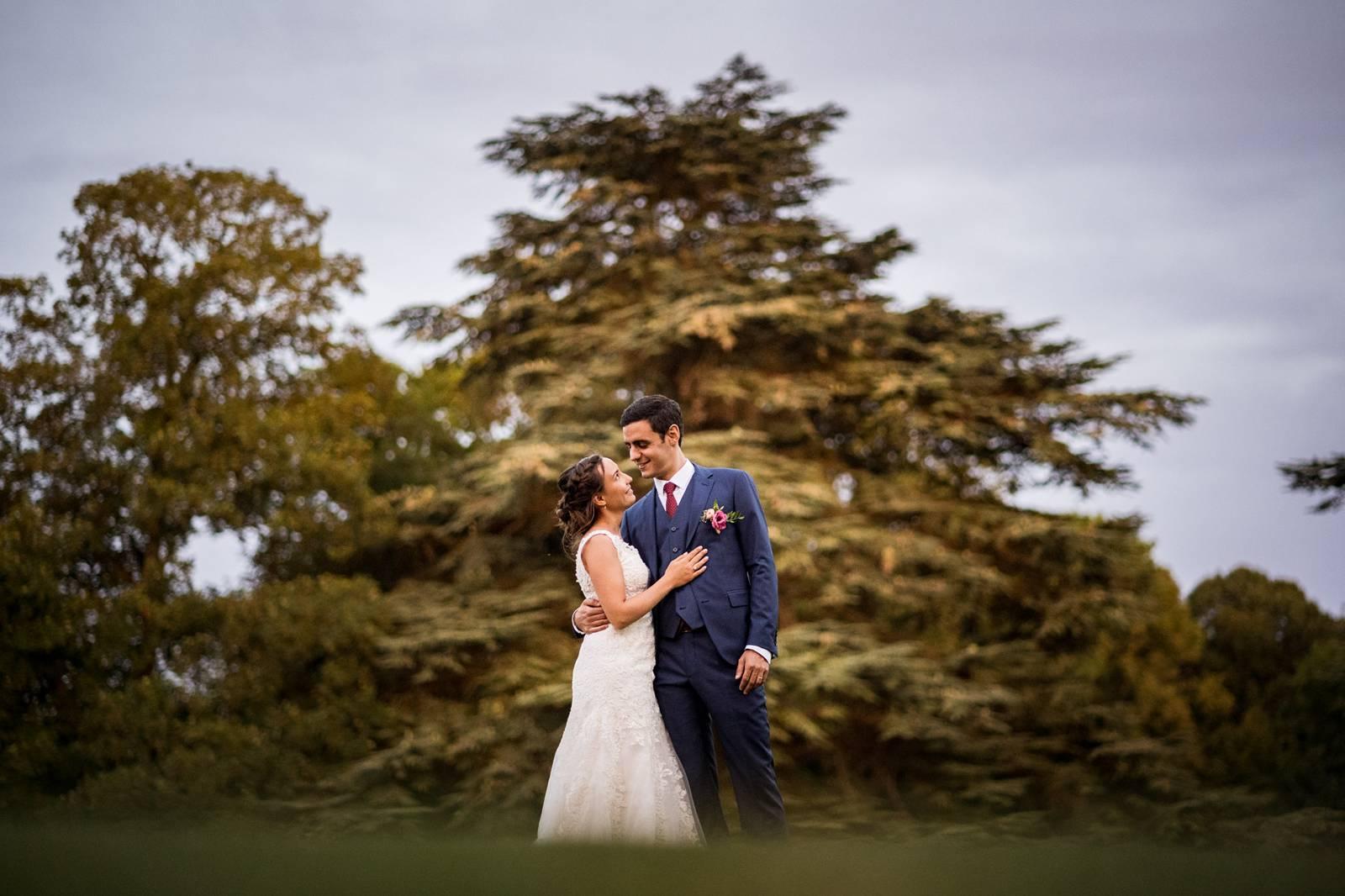 L'aperçu du mariage religieux à Saint Crepin Ibouvillers de E+A puis au Domaine de Montchevreuil. Alexandre Roschewitz Photographe Mariage.
