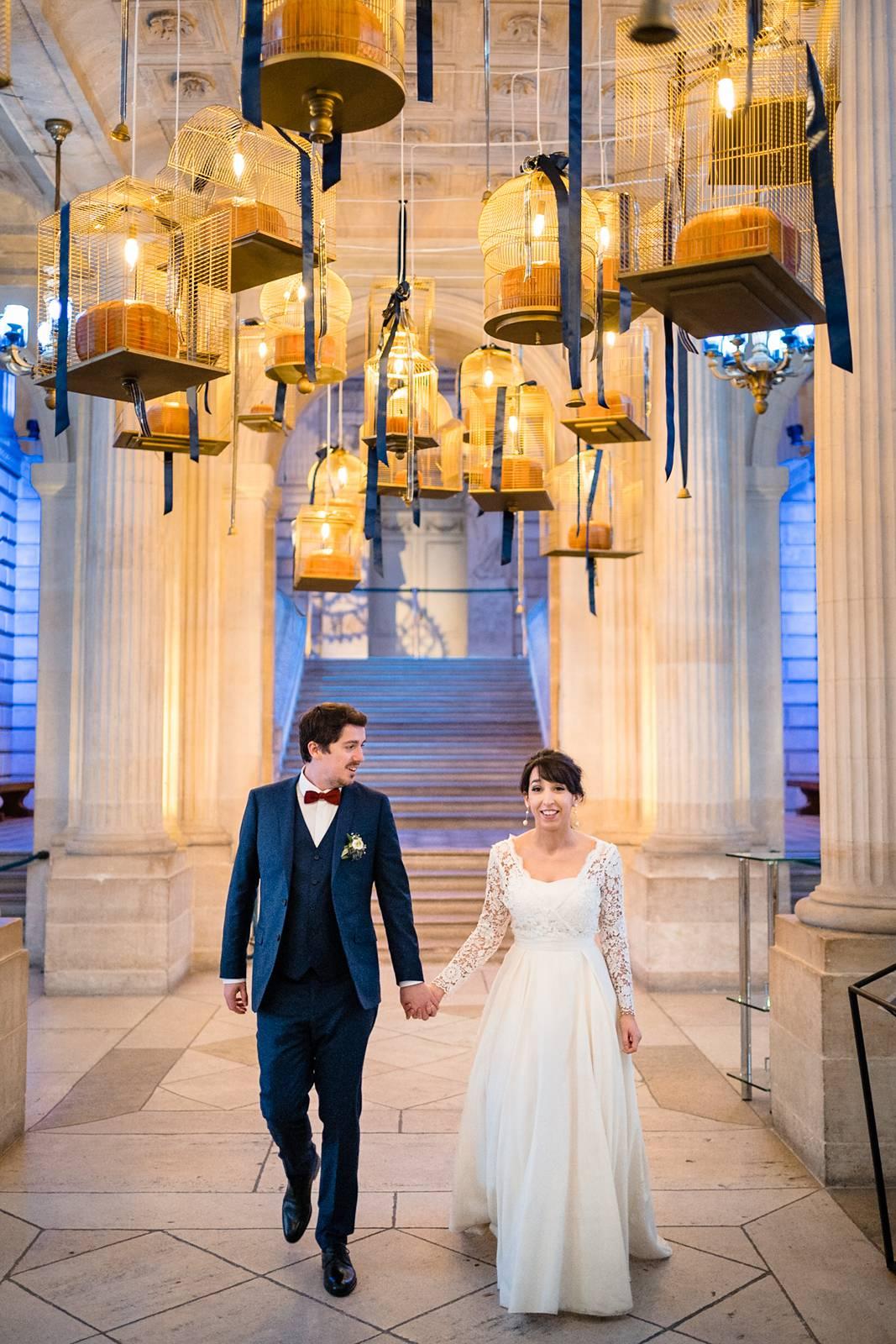 L'aperçu du mariage d'hiver, en décembre, de I+R à Bordeaux centre, à la Mairie de Caudéran puis à la Grande Poste. Alexandre Roschewitz Photographe.