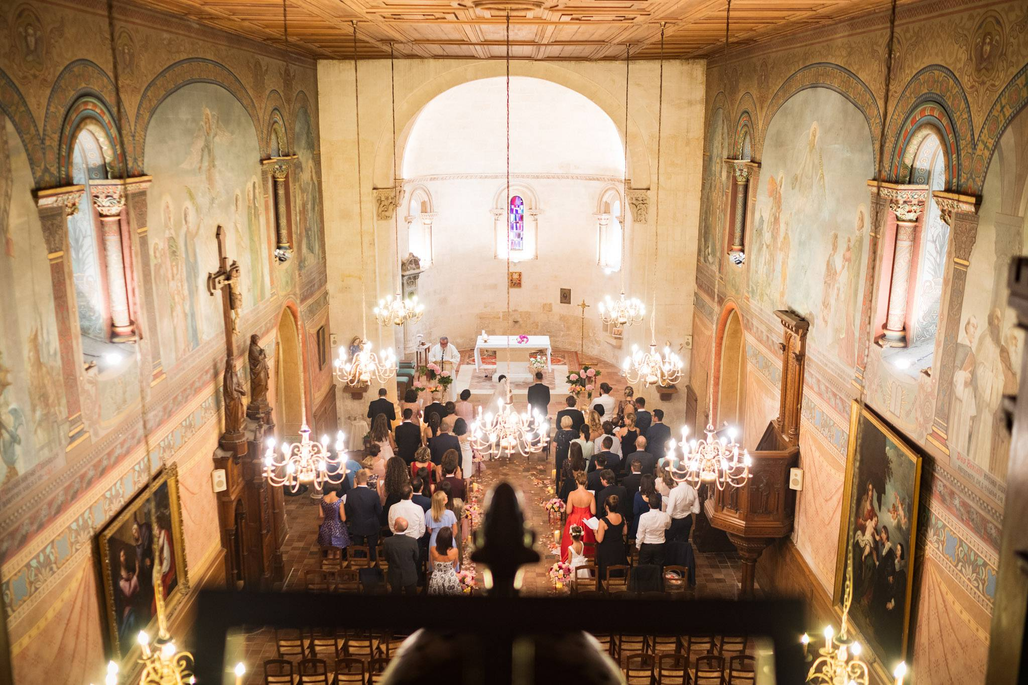 Le reportage mariage franco-libanais à Bouliac de Nicole et Sébastien puis au Château Pape Clément à Pessac. Alexandre Roschewitz Photographe Mariage.